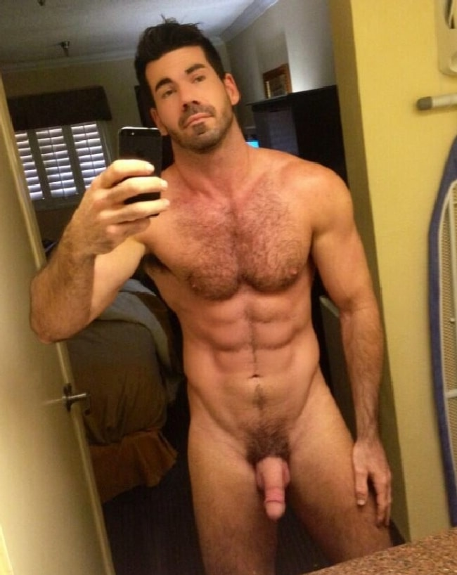Nude hairy sexy men